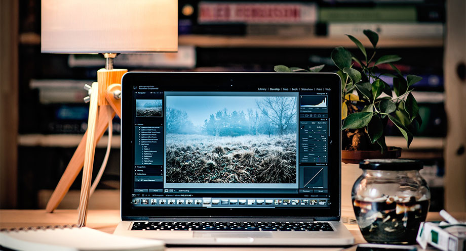 Adobe Lightroom Digitial Photo Editing Workspace